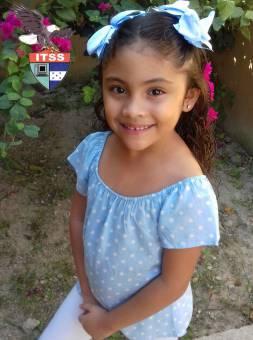Candidata a Reina de las Flores 1ro Grado Bilingue Genesis Sanabria
