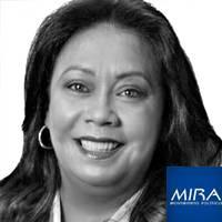 MIRA / Gloria Stella Díaz