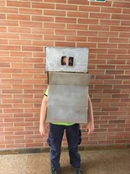 Lucas - Robot