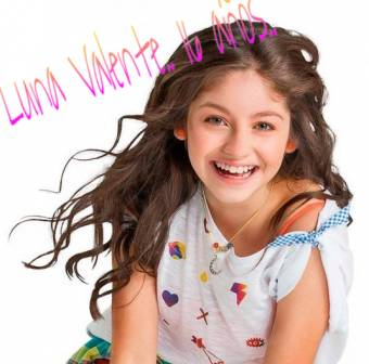 Luna (Karol Sevilla)