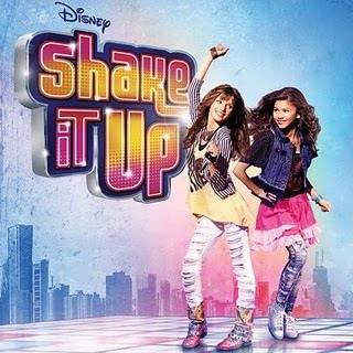 por estar en SHAKE IT UP