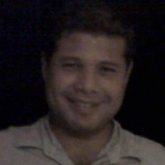 "Luis Eduardo ""CHICHI"" Burgos"