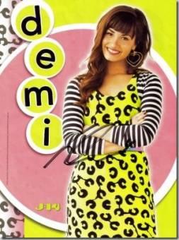 Sunny Monroe (Demi Lovato)