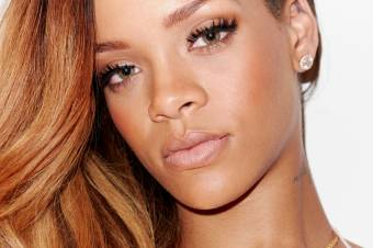 Por ser la mayor fan de Rihanna que ha existido y existirá en el universo