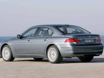BMW 750!  $ 106.390