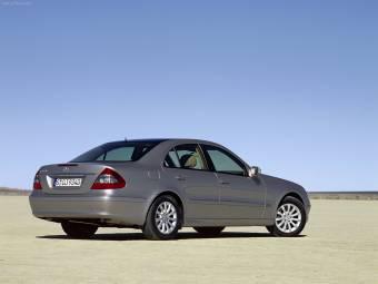 Mercedes Benz E350  $ 98.000