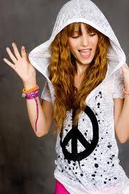 Bella Thorne Watch me