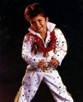 Bruno Mars; que era y es lindo mijito (L)