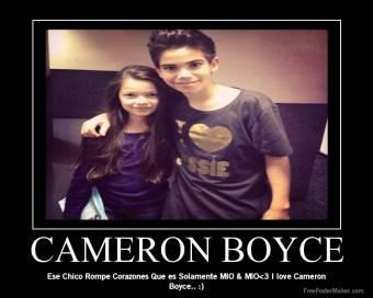 CAMERON Y SU NOVIA
