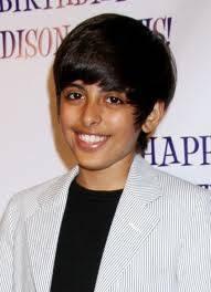 Karan Brar este no ez guapo