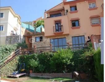 Chalet Alhaurín 300€ http://www.fotocasa.es/Building/Building_Detail.aspx?ai=128936356&tti=8&ppim=1&xtor=EPR-143-[Contacto_manager]-20121103