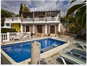 Chalet independiente Nerja 600€ http://www.vacaciones-espana.es/alquiler/vacaciones/9179/Nerja/6/Malaga/0/Andalucia/Nerja.html
