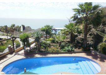 Villa Nerja 465� http://www.inmobiliariacanovas.com/rentals/details.php?id=4558&lang=spa