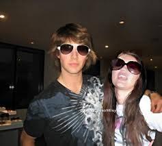 James y Miley Cyrus