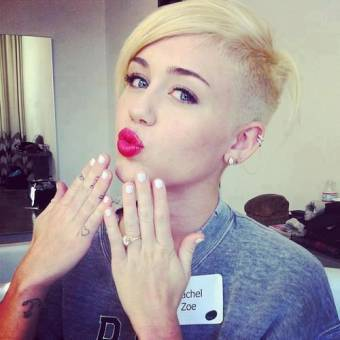 Miley la diosa.