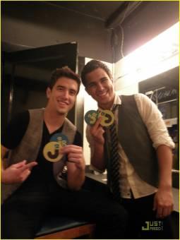 Logan y Carlos (ganador del 2do puesto)