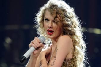 Taylor Swift-  Speak Now World Tour