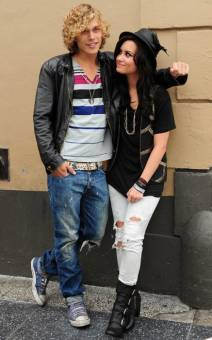 Demi Lovato y Cris Brown