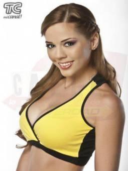 Adriana Hinostroza.