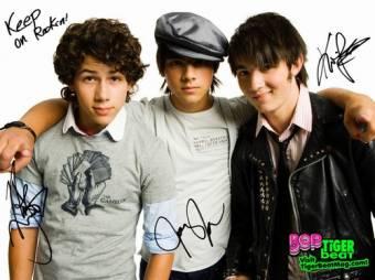 Jonas Brothers DDDDDD: