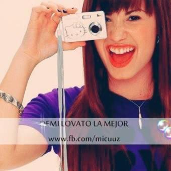 Demi Lovato La mejor (HACKEADA)