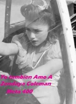 http://www.facebook.com/ZendayaTeAmamos