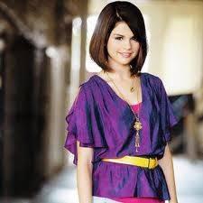 A Selena le queda mejor el cabello corto