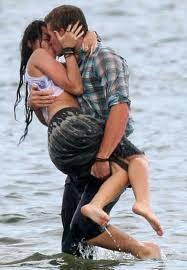 •Miley y Liam