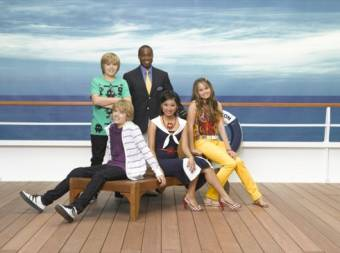 Zac y Cody gemelos a bordo