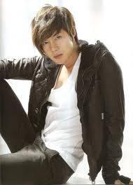 kim hyun joong ( lo amooo XD)