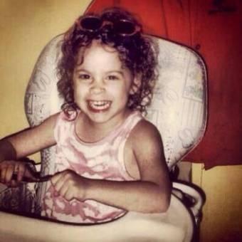 cuando era pequeña tambien era fea que asco de zorrini