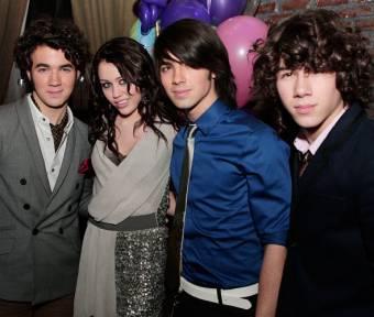 Jonas Brothers Buuuh