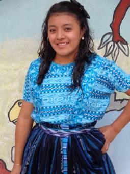 Candidata de Cuarto Magisterio.. Margarita Sarai