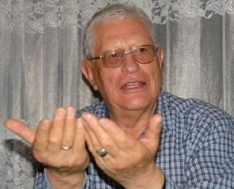 LUIS CACERES VELASQUEZ
