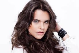 Isabella Castillo (isabellatica)
