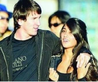 Messi y su novia Antonella Rocuzzo