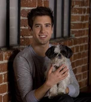 Logan y su mascota