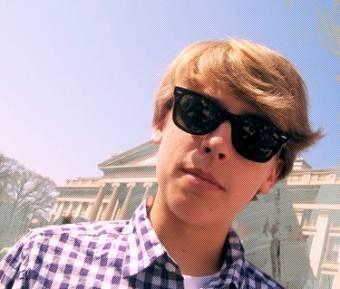 Cody Martin--Cole Sprouse--20 a�os