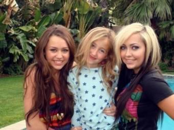 Miley, Noah y Brandi Cyrus