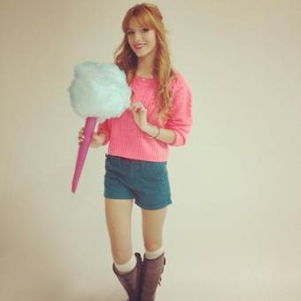 Laura(Miley_fans01)(Fan de Bella)