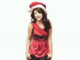 Selena Se Ve Mas Hermosa Con Sombrero Navideño