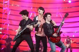 ¡Jonas Brothers Asquerosos!