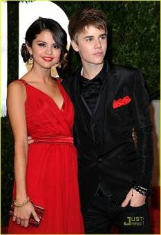 Con Selena Gomez arroZ