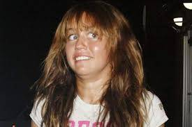Miley Cyrus Fea Horrosa