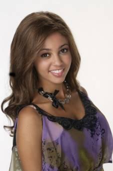 Sarah - Vanessa Morgan