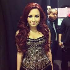 Demi Lovato (La linda)