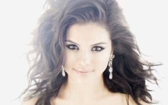 Selena Robafama Gomez