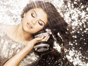 Selena P**a Gomez