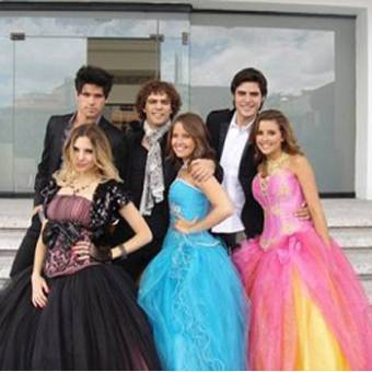 Eme 15 vestidos