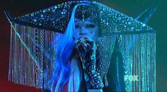The Edge of Glory en American Idol (2011)